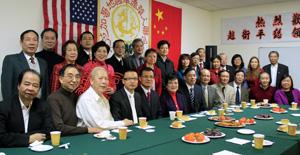中国驻芝加哥赵卫平总领事新春拜访侨社