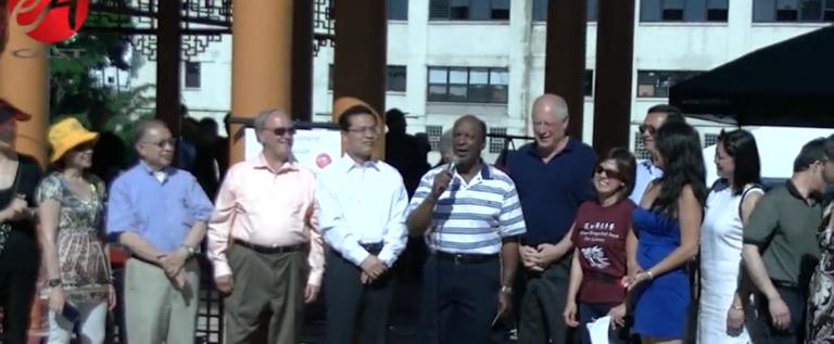 [视频]芝加哥龙舟赛在中国城举行
