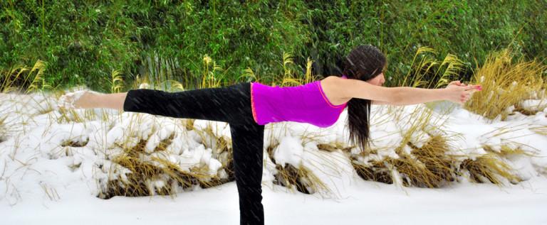 【挑战雪中瑜伽图片鉴赏】瑜伽让你在不知不觉中收益
