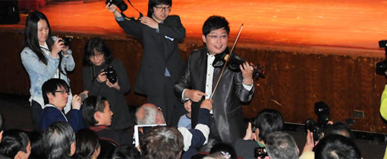 2014希林灯节演出精彩视频——花色小提琴表演,表演家张少博