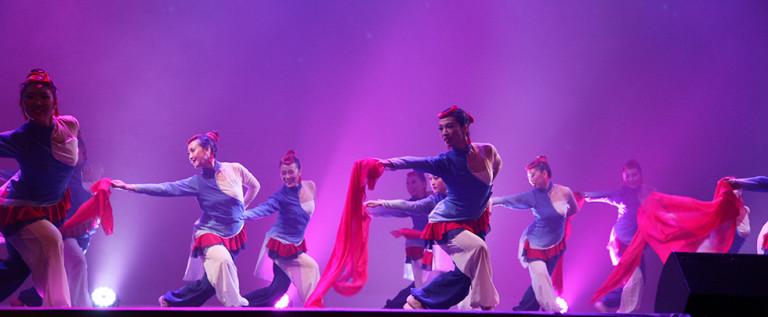 山东秧歌舞蹈巜红珊瑚》