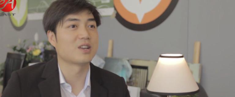 希林灯节晚会主创人员采访:张逸