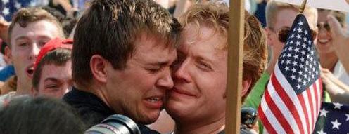 美国最高法裁定同性婚姻合法 奥巴马称迈向平等
