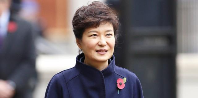 韩媒:停职后朴槿惠将继续住青瓦台 可领基本工资